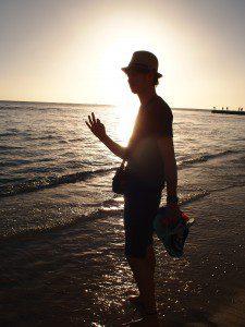 太陽が落ちる前。いつでも美しいビーチ。